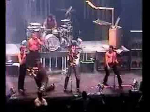 rammstein new york 2001 pet sematary feat the ramones youtube. Black Bedroom Furniture Sets. Home Design Ideas