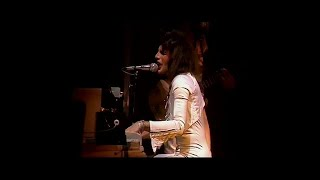 Queen - Bohemian Rhapsody (A Night At The Odeon - Hammersmith 1975)