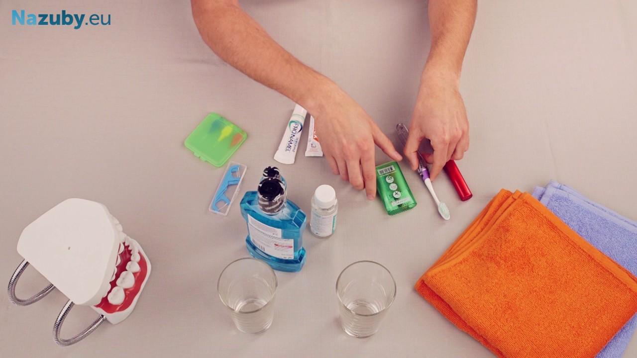 Ako si úsporne zbaliť ústnu hygienu na cesty
