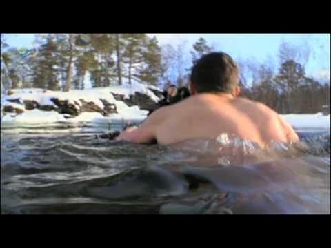 Man vs. Wild - Arctic Circle - Bear's Bare Agony