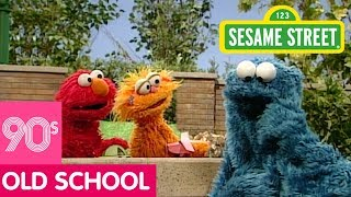 Sesame Street: Different Tastes with Elmo, Zoe, and Cookie Monster