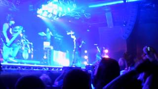 Korn - Intro + Twist + Here To Stay @live in Milan, Alcatraz - 01/02/2015