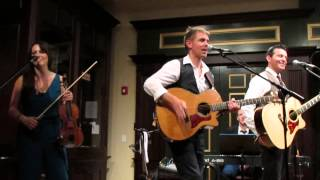 """Neil Byrne and Ryan Kelly - """"CT Medley & Land Down Under"""""""
