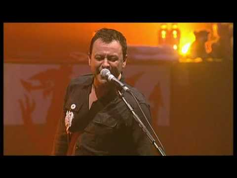 Manic Street Preachers - Autumnsong, T In The Park, 11th July 2009