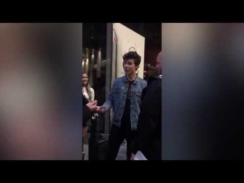SHAWN MENDES SWEARING AND YELLING AT FAN