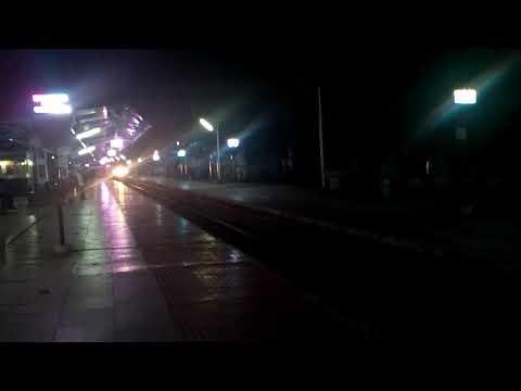 22207 MAS-TVC Super AC Express at CBE by WAP 7 Royapuram loco. Amazing Generator Car sound