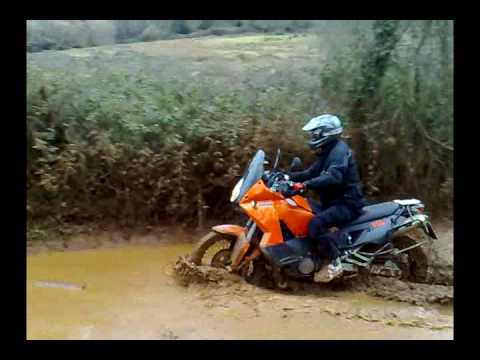 ktm 990 adventure enduro cantabria in the mud vadeo youtube. Black Bedroom Furniture Sets. Home Design Ideas