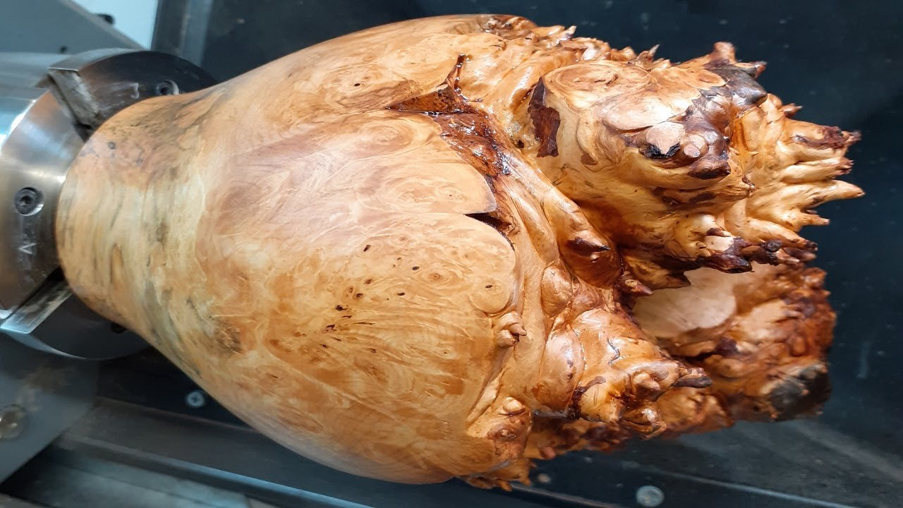 Woodturning - A Surprise Inside !!