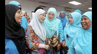 Wan Azizah: Bersatu not the same as Umno