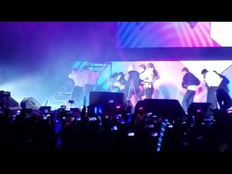 "Super Junior + Leslie Grace + Play-n-Skillz en Lima - ""Lo Siento"""