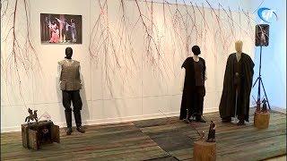 Начался монтаж уникальной выставки-инсталляции по мотивам произведений Шекспира