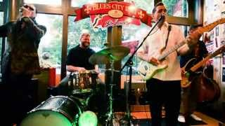 Doug Deming & The Jeweltones Featuring Dennis Gruenling - I Can