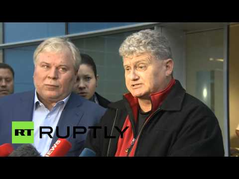 Snowden's father interview after arrival in Moscow (FULL VIDEO)