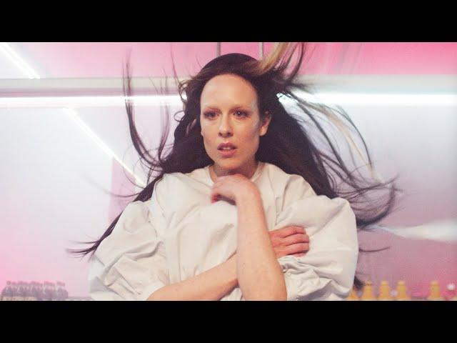 Allie X – Regulars (Official Music Video)