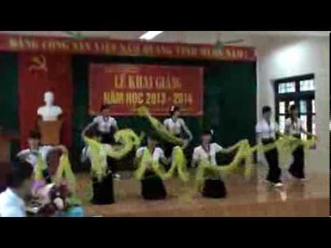 Múa ngày hội THPT Quỳnh Nhai