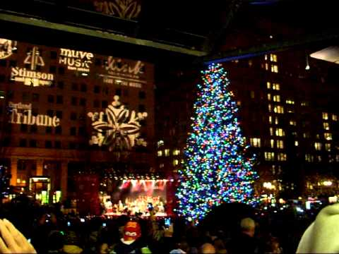 2011 Downtown Portland Tree Lighting Ceremony