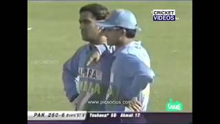 Sourav Ganguly's anger    Indian cricket team 2003    Ganguly's controversy  