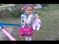Elifin çantasında neler var , çantaya bakın yaptık ::)) Elif ve Aliye bebek parkta