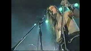 Children of Bodom kissing The Shadow live in Seoul 2001 古いけど、...