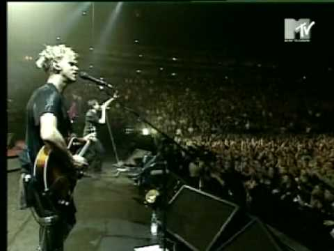 Depeche Mode - Personal Jesus (live in Cologne 1998)