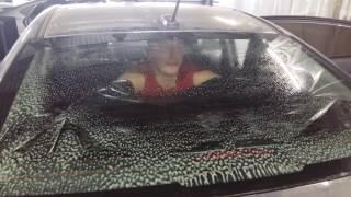 Как одному затонировать заднее стекло на седане