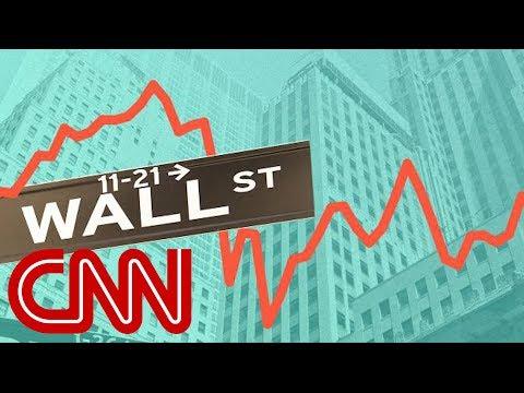 Dow snaps longest quarterly win streak in 20 years