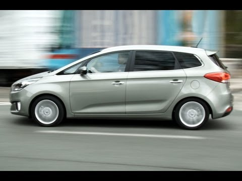 Kia Carens roadtest (English Subtitles)