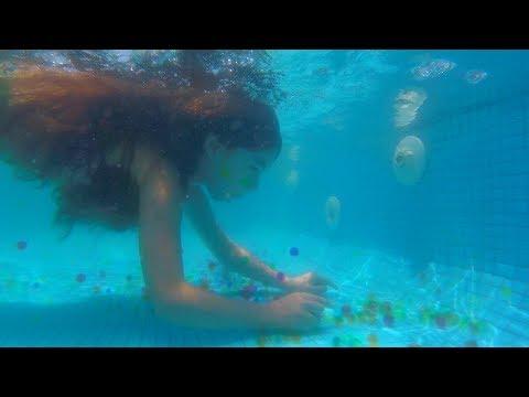 ORBEEZ EN LA PISCINA - Ft.  Anthony Navarro | Mi Traje de Sirena