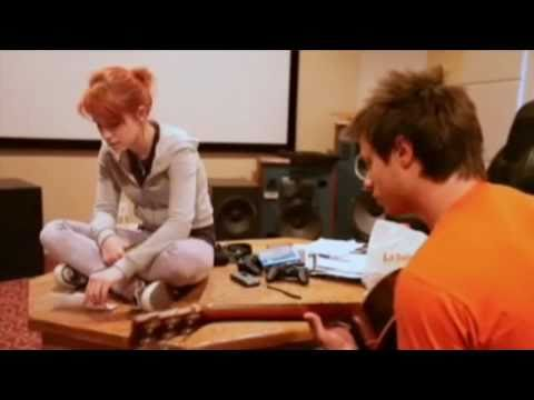 Paramore: Feeling Sorry [Acoustic]