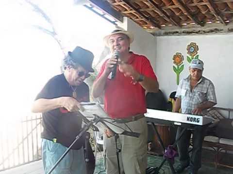 HELANA PRODUÇÕES   Vicente Bezerra, Cantando Na Praia Das Fontes, Dez 2013, SEM ALARDE