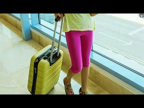 Thumbnail: Things You Should Never Wear On An Airplane