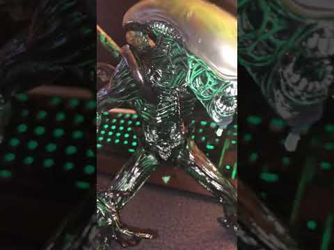 New xenomorph prime statue