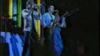 Chicago (band)- Along Comes A Woman (1987)