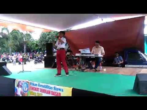 BAYVLOG - Lagu Sunda Peuyeum Bandung/ Voc. De Iki