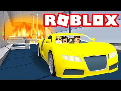 Car Crushing Carnage! Roblox Car Crushers 2