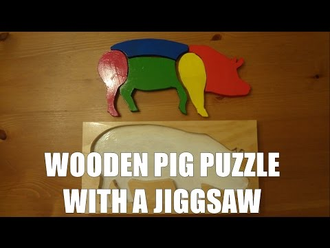 Making a wooden pig puzzle toy using a jigsaw and pine wood