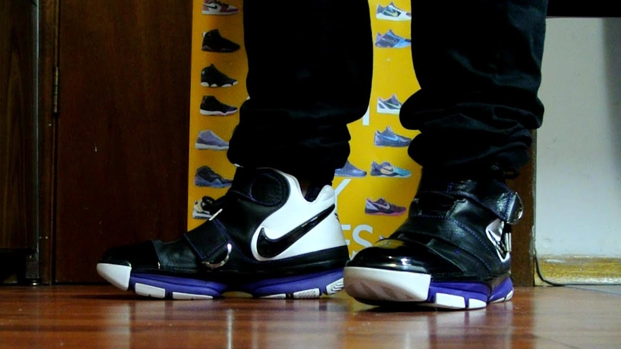 0c90cb2ccc1c Nike Zoom Kobe II (2) ST -