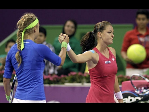 Victoria Azarenka VS Agnieszka Radwanska Highlight (Doha) 2012 SF