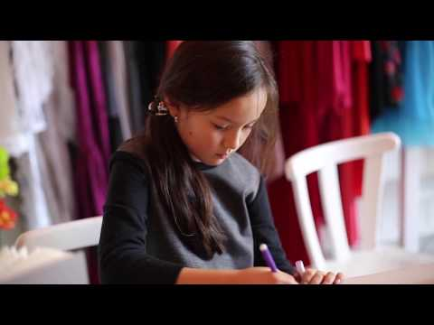 AMINA World's Youngest Fashion Designer from Germany