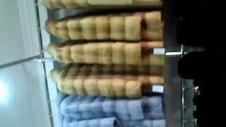 Шубы на шубном рынке Бенджан Урумчи, Китай.(Шубы на шубном рынке Бенджан Урумчи, Китай. Кто то его называет Беньжань. Видео какие шубы есть и как мы поку..., 2014-08-02T15:26:30.000Z)