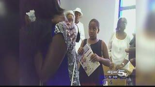 Pensacola Police Officer Interrupts Church Service