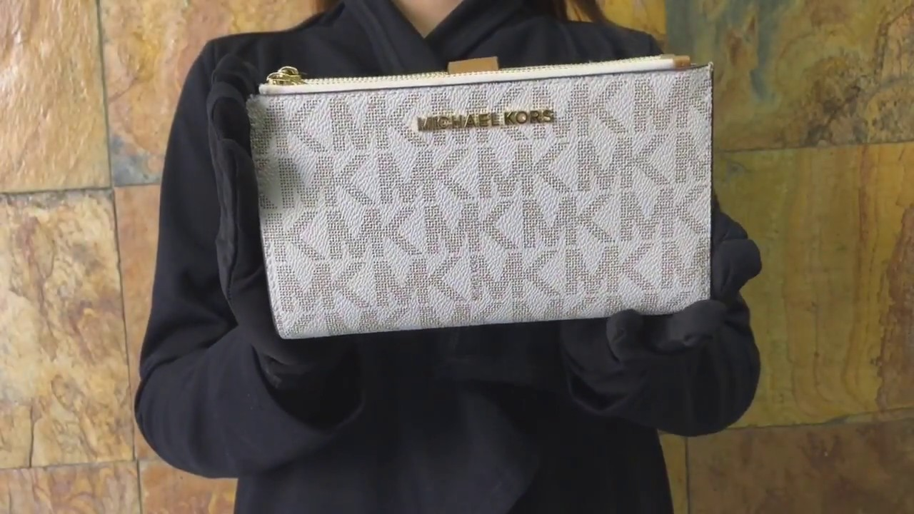 02f2a1ff08f3 Michael Kors Jet Set Travel double Zip Wristlet - YouTube