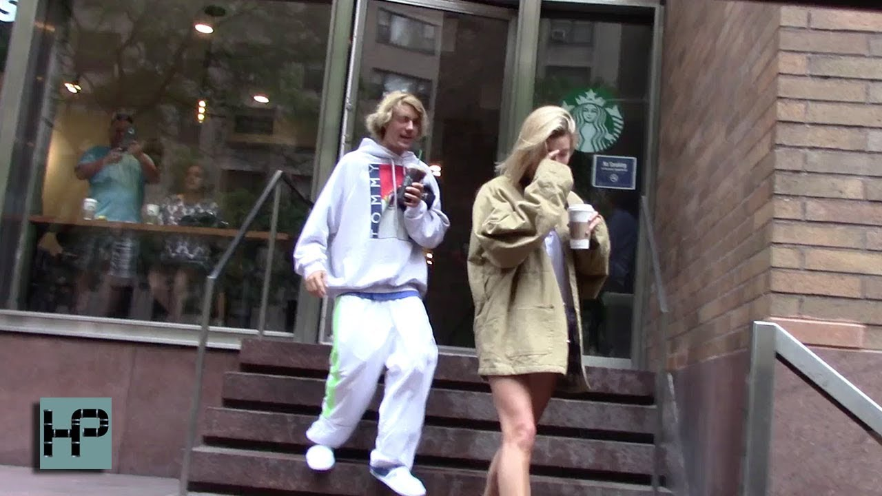 Justin Bieber And Hailey Baldwin Are Hooking Up Again And