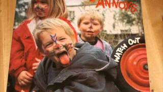 Noise Annoys - Tennage Kicks (vinyl rip ).wmv