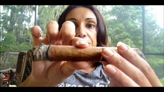 Romeo Y Julieta Habana Reserve Churchill. Cigar Revew by SmokingCigarGirl