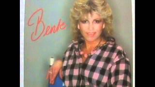 Bente Lind - Jeg Drømmer Om En Natt Med Julio Iglesias