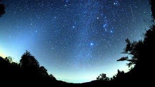 2018年オリオン座流星群極大日前日の流れ星