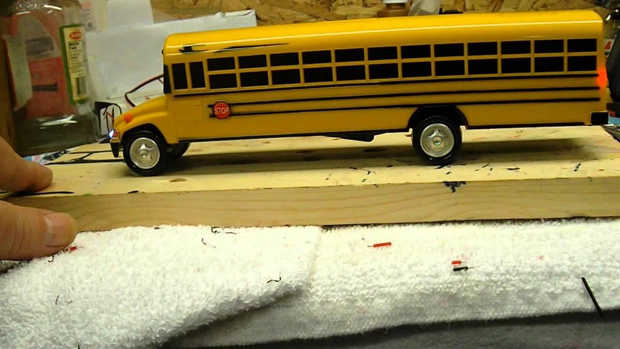 1 43 scale lighted bluebird school bus