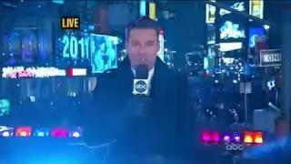 Ke$ha - We 'R Who We 'R Tik Tok (Live Dick Clark's New Year's Rockin' Eve 2011) HD 720p