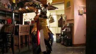 11月21日 バリダンス@大崎カフェウブド 踊り手:arak☆madu(安谷絵...